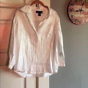 Women's Preston & York blouse. Size 16